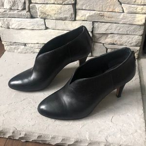 Vince Camuto booties, 8.5